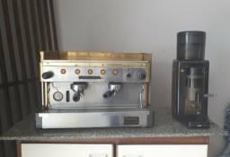 Máquina de Café Expresso Faema