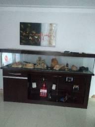 Aquário,com móvel em madeira de Imbuia