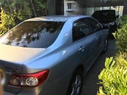 Toyota Corolla XEI 2.0 Automático, Multimídia, Banco de couro e Camera de ré - 2012