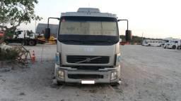 Caminhão Comboio (melosa) Volvo Vm 210 4x2R Capacidade 5.000 litros / abastece e lubrifica - 2011