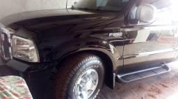 Oferta vendo caminhonete F250 ano 2004 modelo Xltl 4 pneus novos placa A - 2004