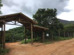 Chácara no perímetro urbano de Gov. Valadares MG