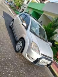 Carro de passeio - 2006