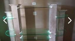 Estante em mármore com vidros