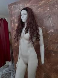 Manequim feminino completo em fibra