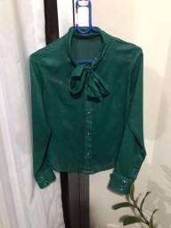 Camisa Verde P com laço