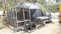 BARBADA! Elevador de carga em construção