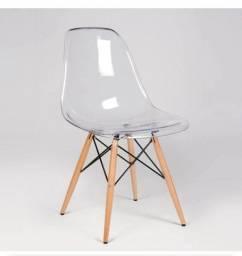 Cadeira acrílica transparente
