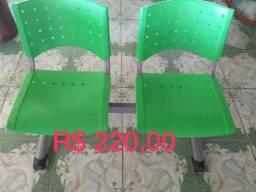 2 Cadeiras de recepção