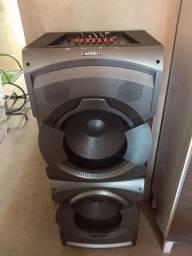 Caixa amplificadora MONDIAL CM-12