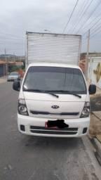 Kia Bongo 2013 pego carro até 15 mil
