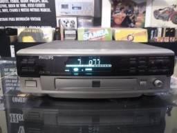 Toca CD Player e gravador Phillips modelo CDR 570