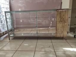 Título do anúncio: Balcão / Expositor de vidro para comércio