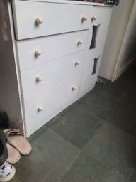 Comoda (armario)
