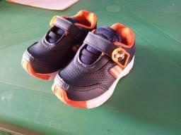 Vendo sapato e sandálias masculina