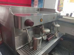 Máquina De Café Expresso Italian Coffee + Moinho FARAT