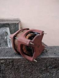 Motor máquina de lavar Eletrolux