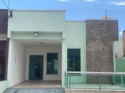 Título do anúncio: Casa condomínio lion Ville com piscina