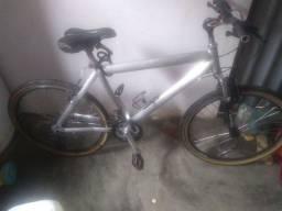 Bike muito nova caloi