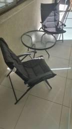 Jogo de Mesa e Cadeiras Para Varanda