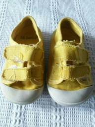 Tênis da Babo uabu amarelo