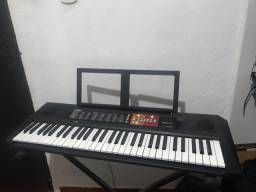 Título do anúncio: Kit Teclado Musical Yamaha Psr-f51 61 Teclas - Suporte Base + Fonte Bivolt