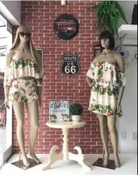 2 manequins femininos com peruca e base. (Preço por unidade)