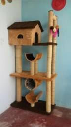 Casas de gatos e arranhadores e ninchos