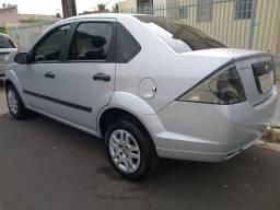 Fiesta Sedan 2011 (Completo 1.6) - 2011