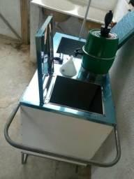 Vendo ou troco Esse carrinho de água de Coco serv Coco 27 9969490180