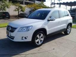 VW Tiguan TSI - 2010