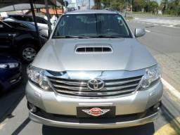 Toyota Hilux SW4 SRV Turbo Diesel 4x4 Aut. (2015) 7 Lugares