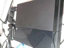d07edb0b3fe PS4 - 500GB + 2 controles + 4 jogos