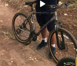 Bicicleta freio a disco top aro 26 vem pro rolo