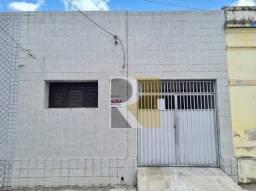 Casa com 2 dormitórios para alugar, 75 m² - Jaguaribe - João Pessoa/PB