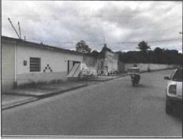 Casa à venda com 1 dormitórios em Batingas, Arapiraca cod:8d8793a0b03