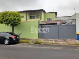 Casa para alugar com 3 dormitórios em Santa monica, Uberlandia cod:869225