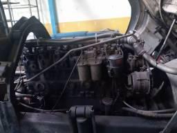 Motor diesel usado MWM 229 6 cilindos recentemente retificado