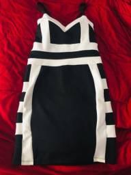 Vestido curto M