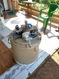 Vendo motor de máquina de lavar em bom estado