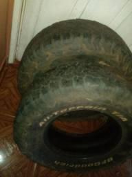 Vendo 2 pneus bf 265/75/16 por 150 cada