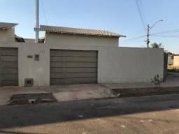 Casa Residencial Laranjeiras -2/4 - com suíte - sozinha no lote- Senador Canedo