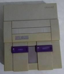 Super Nintendo ( PARA CONSERTO OU RETIRADA DE PEÇAS)