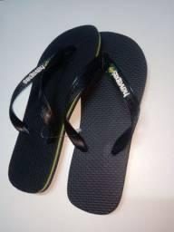 Chinelos e sandálias direto da fábrica