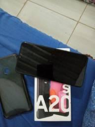 Samsung A20s na caixa