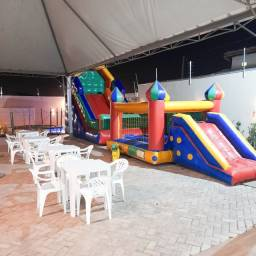 Alugo Casa de Festa / Espaço de Festa / Salão de Festa com piscina em Cuiabá