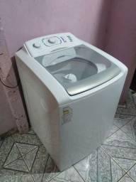 Máquina de lavar Electrolux 12kg seme nova.