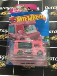 Hot Wheels Barbie Dream Camper