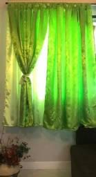 Jogo cortina curta medidas 3 metros por 1.70 altura