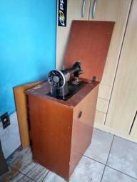 Máquina de Costura Singer (funcionando)